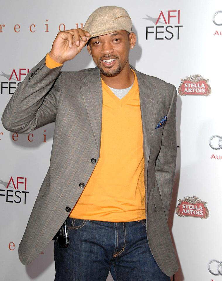 """According to Internet reports, Will Smith is set to star not only in """"Independence Day 2,"""" but also in """"Independence Day 3"""" -- and he'll shoot the second and third installments back-to-back. <a href=""""http://www.gossipcop.com/will-smith-independence-day-sequel-sequels/"""">Gossip Cop</a> separates the fact from (science) fiction about the sequel and threequel. Steve Granitz/<a href=""""http://www.wireimage.com"""" target=""""new"""">WireImage.com</a> - November 1, 2009"""