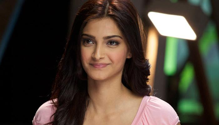 <p>Sonam Kapoor: She has launched a fashion line with her sister Rhea. </p>