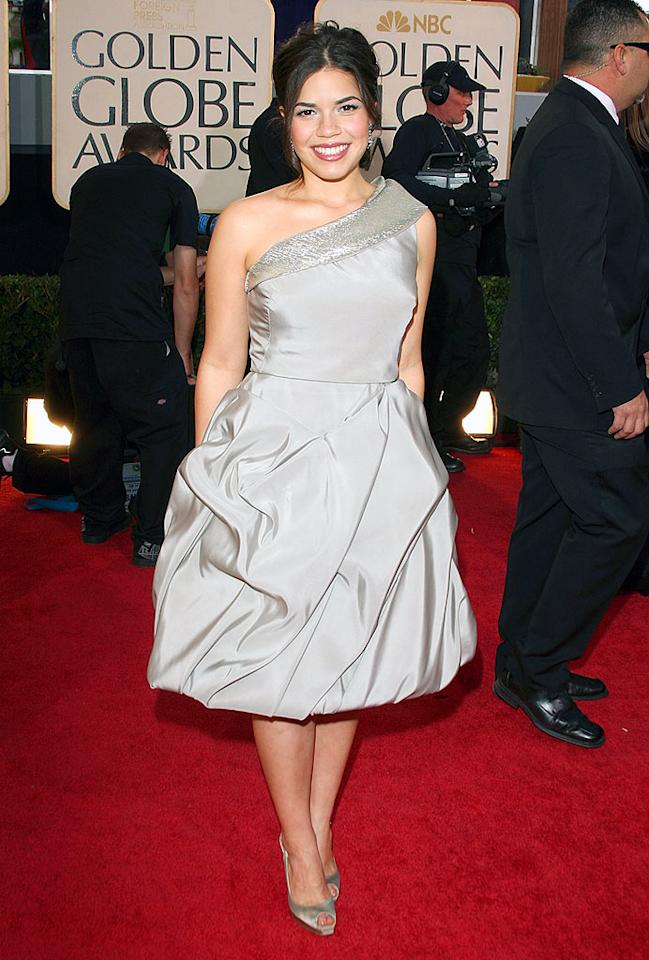 "America Ferrera was far from ""Ugly,"" but her wrinkly taupe Oscar de la Renta dress didn't do her any favors. Jason Merritt/<a href=""http://www.gettyimages.com/"" target=""new"">GettyImages.com</a> - January 11, 2009"