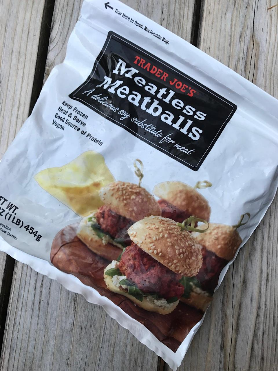 <p>A fast and delicious source of plant-based protein, these taste like real meatballs! Just microwave and add to pasta or whole grains, or pack for snacks. No need to spend time making your own.</p>