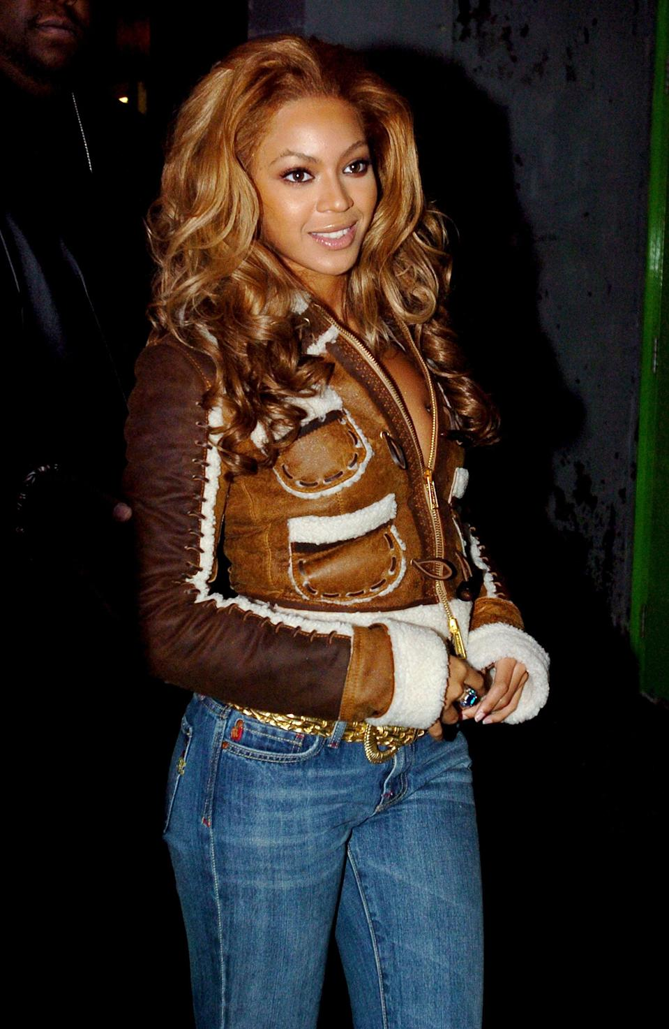<p>Who wouldn't recognize the little red tab on the side pocket of classic Miss Me jeans? Usually complete with contrast stitching, embroidery, and a distress wash, this denim was for true queens - just like Queen B.</p>