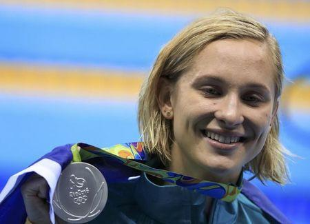 2016 Rio Olympics - Swimming - Victory Ceremony - Women's 200m Butterfly Victory Ceremony - Olympic Aquatics Stadium - Rio de Janeiro, Brazil - 10/08/2016. Madeline Groves (AUS) of Australia poses with her silver medal. REUTERS/Dominic Ebenbichler