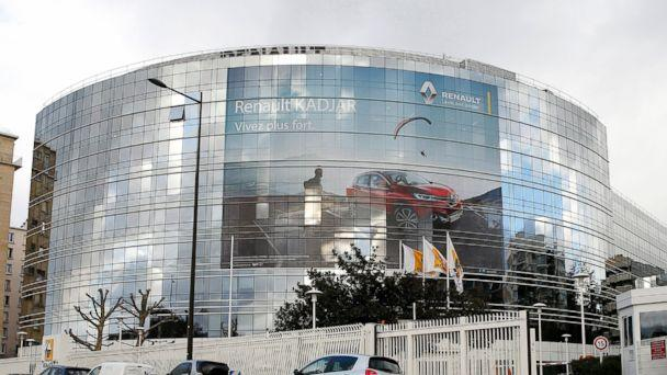 PHOTO: French car manufacturer Renault headquarters in Boulogne Billancourt, near Paris, is pictured Jan. 14, 2016. (Yoan Valat/EPA)