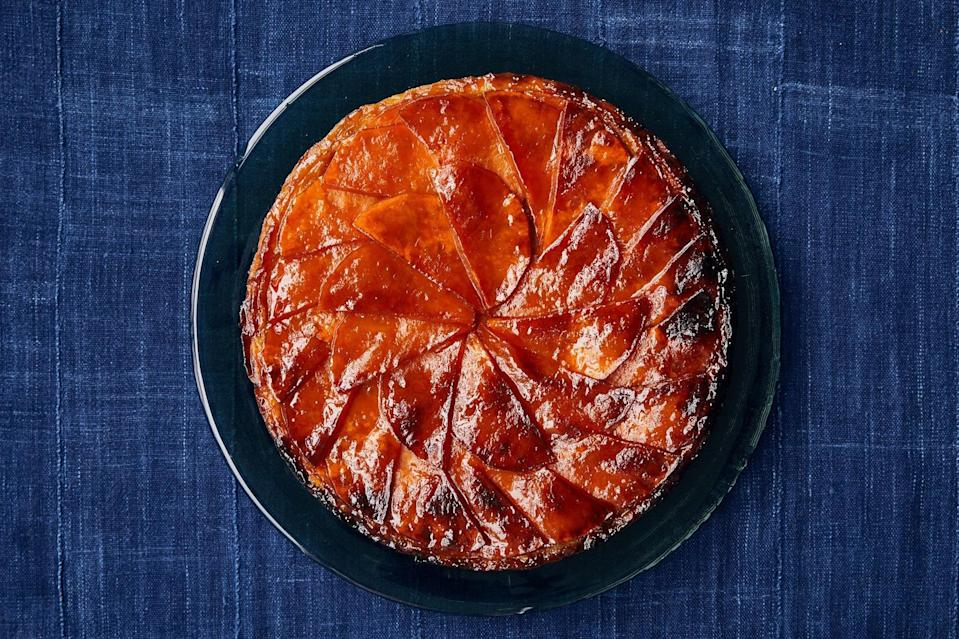 """Prefer your squash in dessert form? This earthy-sweet tart is a showstopper. <a href=""""https://www.epicurious.com/recipes/food/views/butternut-squash-tarte-tatin?mbid=synd_yahoo_rss"""" rel=""""nofollow noopener"""" target=""""_blank"""" data-ylk=""""slk:See recipe."""" class=""""link rapid-noclick-resp"""">See recipe.</a>"""