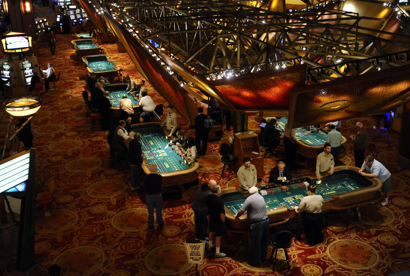 Casinos tap intelligence network to beat cheaters