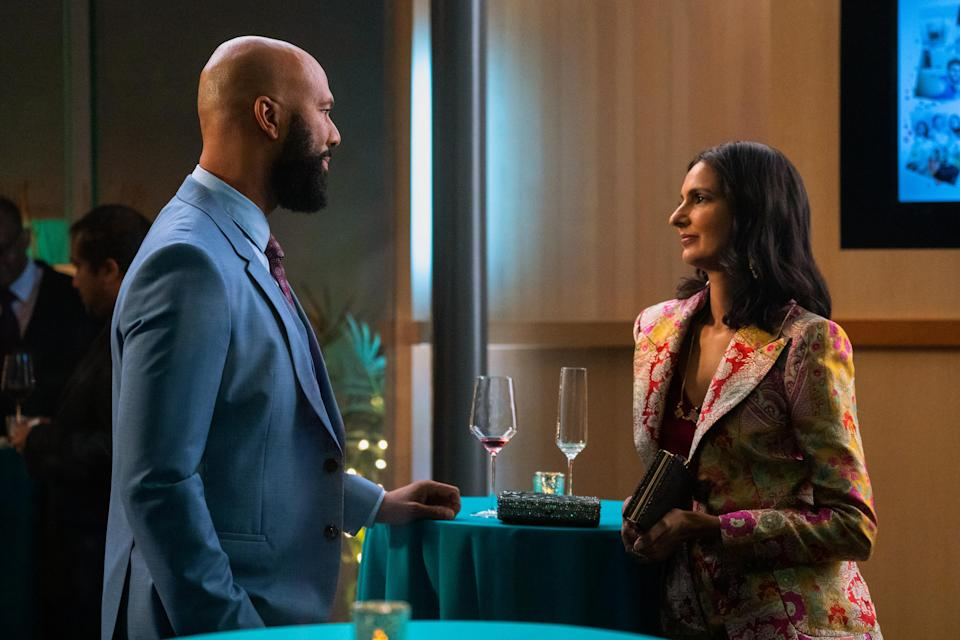 NEVER HAVE I EVER (L to R) COMMON as DR. JACKSON and POORNA JAGANNATHAN as NALINI VISHWAKUMAR in episode 206 of NEVER HAVE I EVER Cr. ISABELLA B. VOSMIKOVA/NETFLIX © 2021