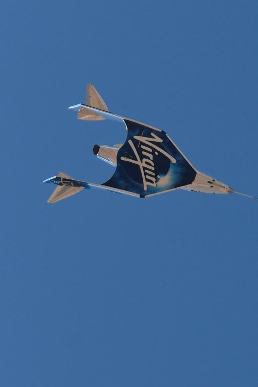 The Virgin Galactic SpaceShipTwo space plane Unity returns to Earth