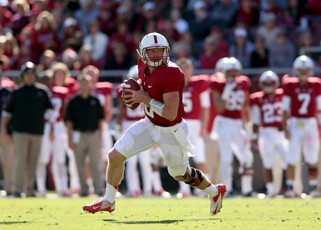 STANFORD, CA - NOVEMBER 10: Kevin Hogan #8 of the Stanford Cardinal in action against the Oregon State Beavers at Stanford Stadium on November 10, 2012 in Stanford, California. (Photo by Ezra Shaw/Getty Images)