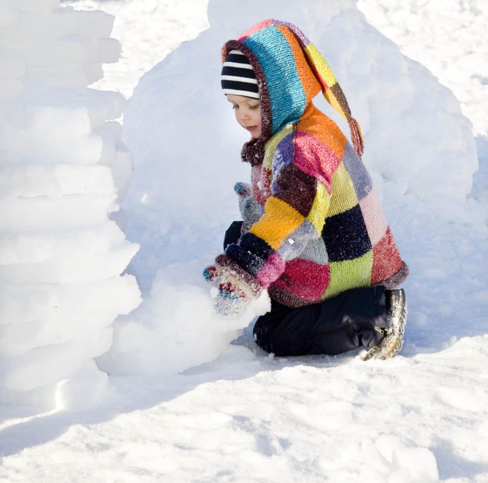 Building snow forts can turn deadly unless properly supervised. (Image via Getty Images)
