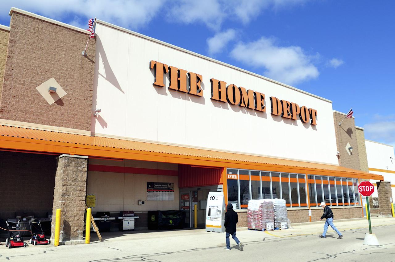 <p>Home Depot's got some awesome goods on sale right now. Some of the things you can pick up include a tool kit, ladder, or a spade bit set. Whether you're working on a DIY project, renovating around the house, or just want to stock up on a good deal, check out this sale before it's over.</p>