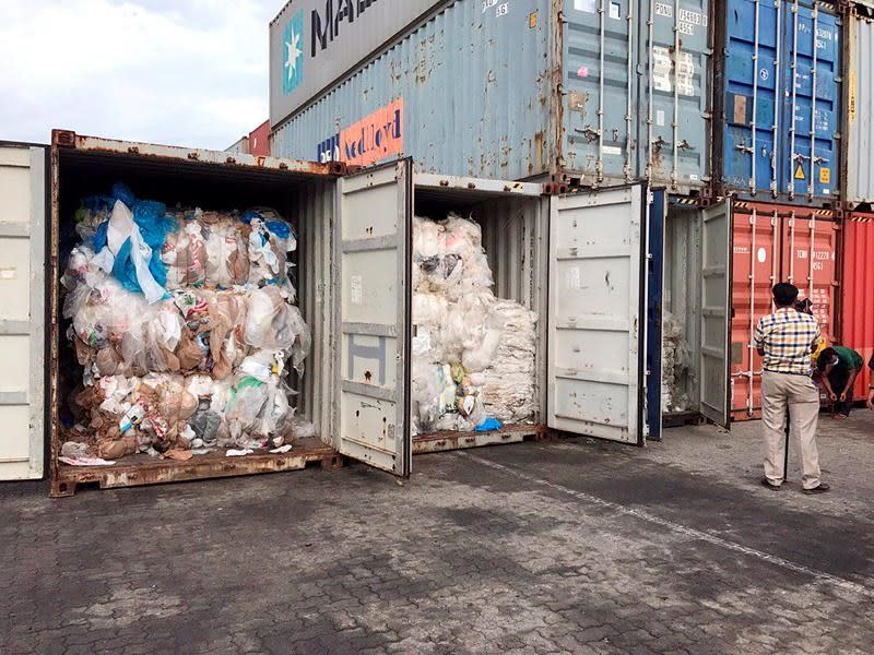 Cambodia says 11 containers of Canadian trash among illegal garbage shipments