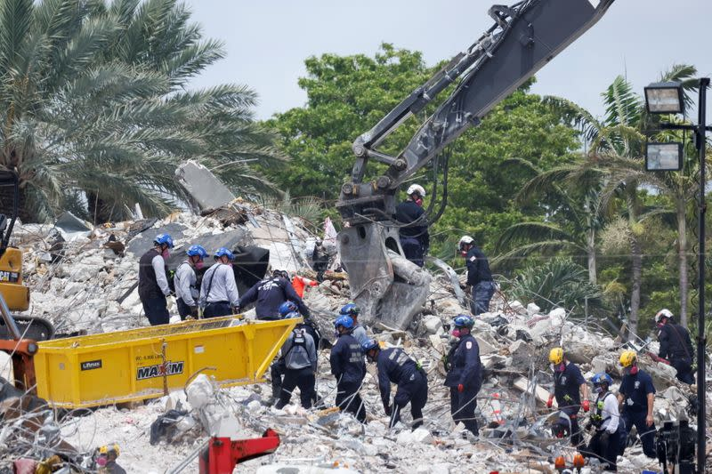 Search-and-rescue efforts resume the day after the managed demolition of the remaining part of Champlain Towers South complex in Surfside