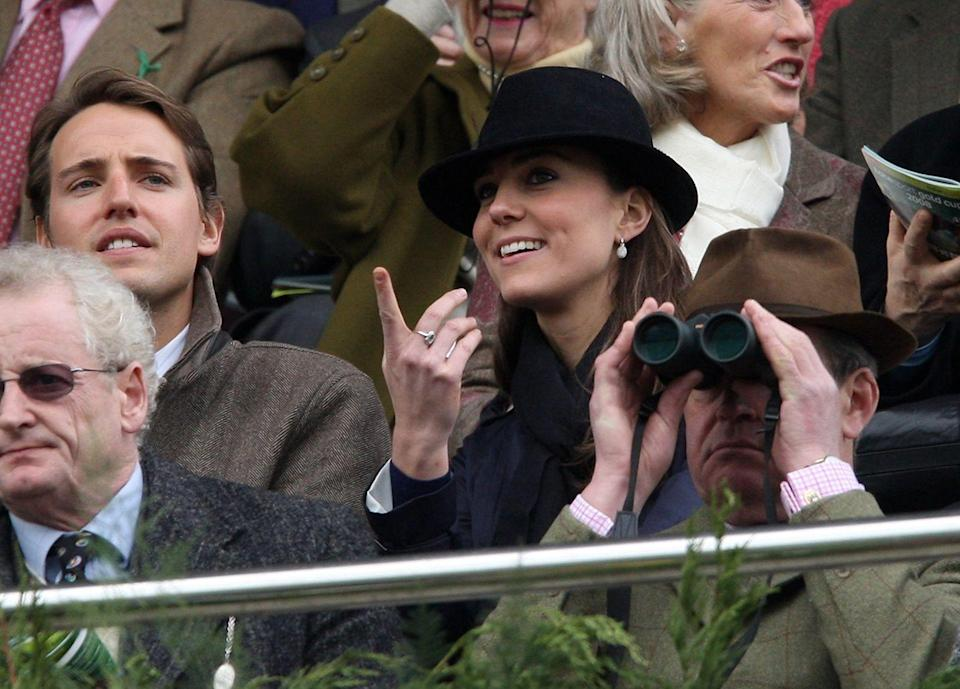 <p>Watching the David Nicholson Mares Hurdle on day four of the Cheltenham festival at Cheltenham Racecourse.<br></p>