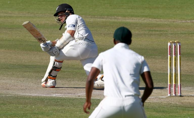 Retiring - New Zealand wicketkeeper/batsman BJ Watling (L) will call time on his career after the final