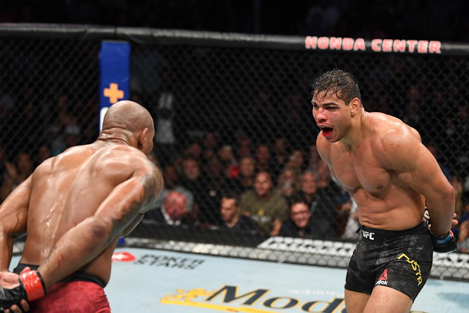 ANAHEIM, CALIFORNIA - AUGUST 17:  (R-L) Paulo Costa of Brazil and Yoel Romero of Cuba taunt each other in their middleweight bout during the UFC 241 event at the Honda Center on August 17, 2019 in Anaheim, California. (Photo by Josh Hedges/Zuffa LLC/Zuffa LLC via Getty Images)