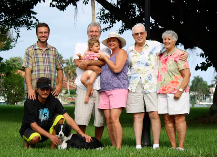 Mike Eymer with his family (Source: Mike Eymer)