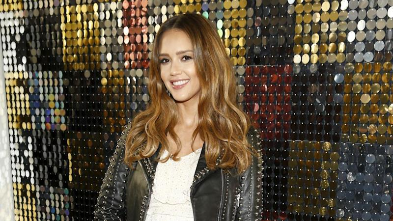 Jessica Alba Stylishly Shows Off Baby Bump At Nyfw Shows See The