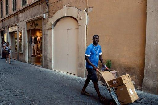 Strong Italian trade data lifts eurozone debt gloom