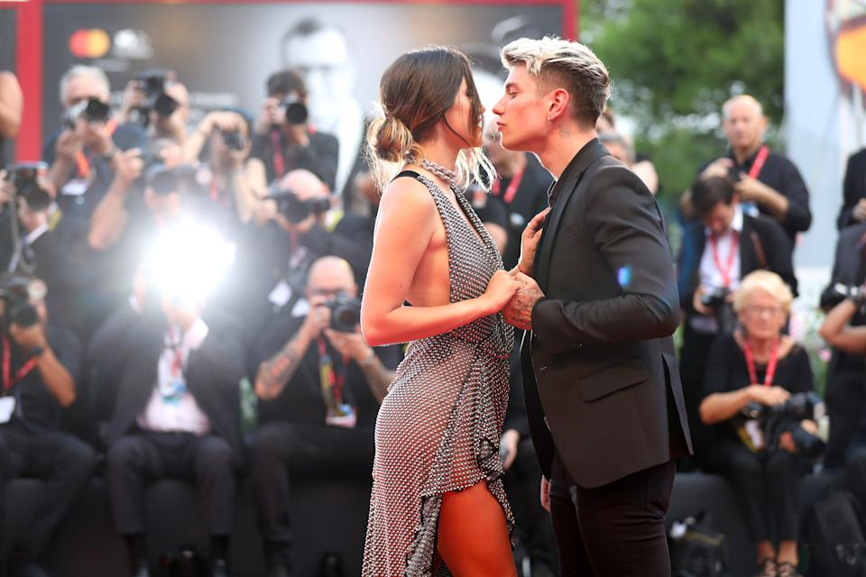 Bella Thorne and her boyfriend Benjamin Mascolo sent hearts racing on the red carpet during the 76th Venice Film Festival [Photo: Getty Images]