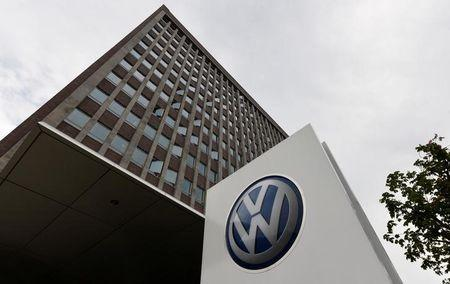 German carmaker group sponsored emissions experiments on people, report claims