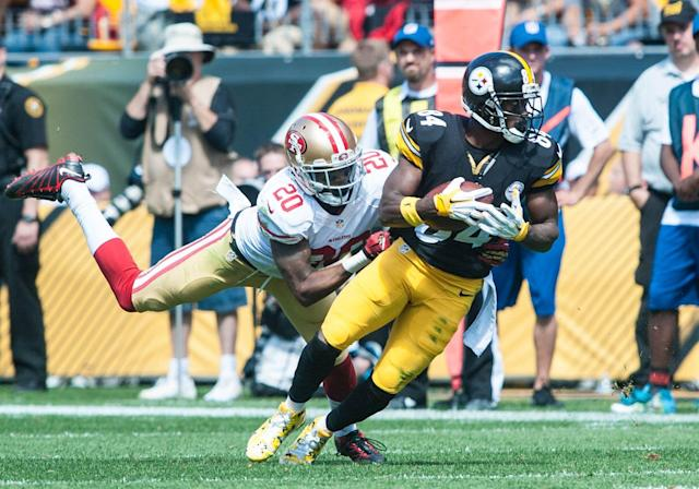 The San Francisco 49ers had some fun with the chaos around Antonio Brown. (Photo by Justin Berl/Icon Sportswire/Corbis via Getty Images)