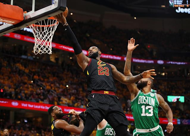 """<a class=""""link rapid-noclick-resp"""" href=""""/nba/players/3704/"""" data-ylk=""""slk:LeBron James"""">LeBron James</a> and the <a class=""""link rapid-noclick-resp"""" href=""""/nba/teams/cle"""" data-ylk=""""slk:Cleveland Cavaliers"""">Cleveland Cavaliers</a> dominated Boston in Game 3 of the Eastern Conference finals on Saturday night, picking up their first win in the series. (Getty Images)"""
