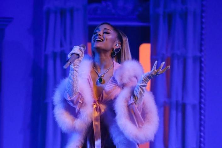 """Pop star Ariana Grande is one of many celebrities pleading with the public to take social distancing seriously. <span class=""""copyright"""">(Robert Gauthier / Los Angeles Times)</span>"""