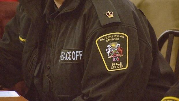 Some Alberta peace officers no longer have the authority to enforce COVID-19 rules under the public health act after the expiration of a ministerial order. (Mike Symington/CBC - image credit)