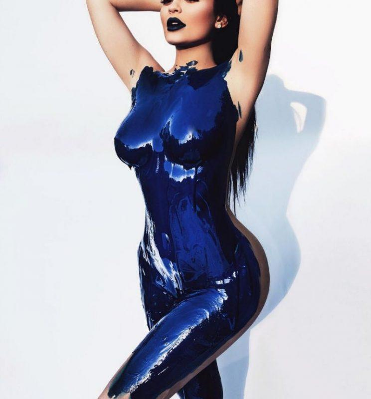 Kylie Jenner blue body paint
