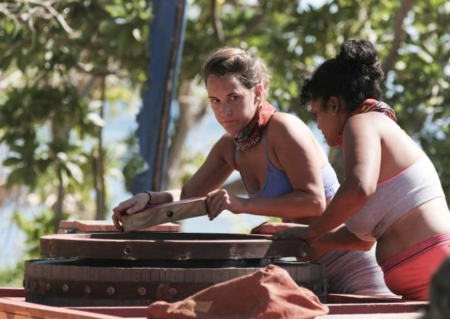 Ciera Eastin works on puzzle during Survivor: Game Changers