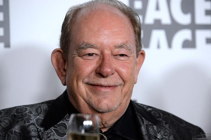 """Robin Leach, who chronicled the conspicuous consumption of the 1980s on his syndicated show """"Lifestyles of the Rich and Famous,"""" died on August 24, 2018. He was 76."""