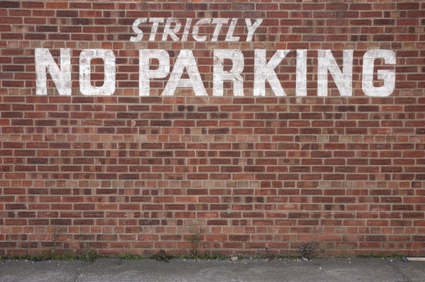No parking zone  (Photo: iStockPhoto)