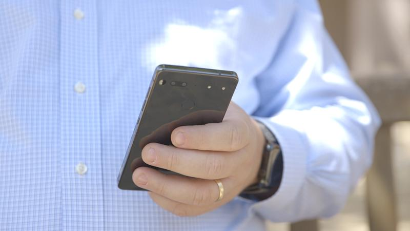 Android founder Andy Rubin's new smartphone is way better than I thought it would be