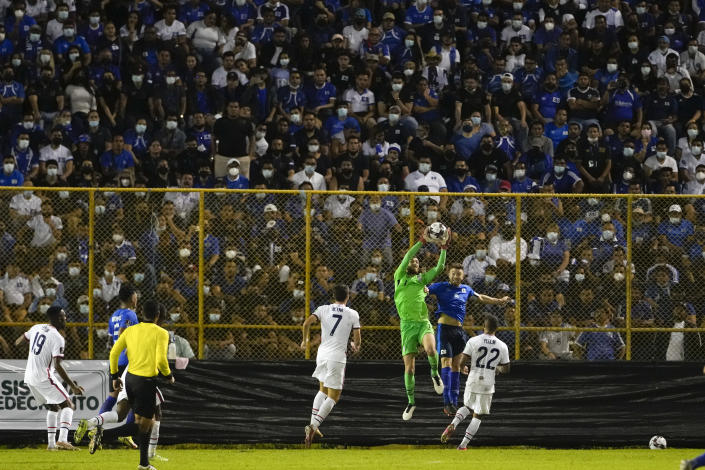 United States's goalkeeper Matt Turner, third from right, catches de ball during a qualifying soccer match against El Salvador for the FIFA World Cup Qatar 2022 at Cuscatlan stadium in San Salvador, El Salvador, Thursday, Sept. 2, 2021. (AP Photo/Moises Castillo)