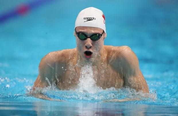Canada's Finlay Knox won the men's 200-metre individual medley race in International Swimming League action on Thursday. (Ian MacNicol/Getty Images - image credit)