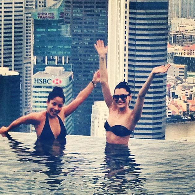 Celebrity Twitpics: Jessie J conquered her fear of heights this week by going swimming in an infinity pool at the top of a skyscraper in Singapore. It's alright for some, isn't it?