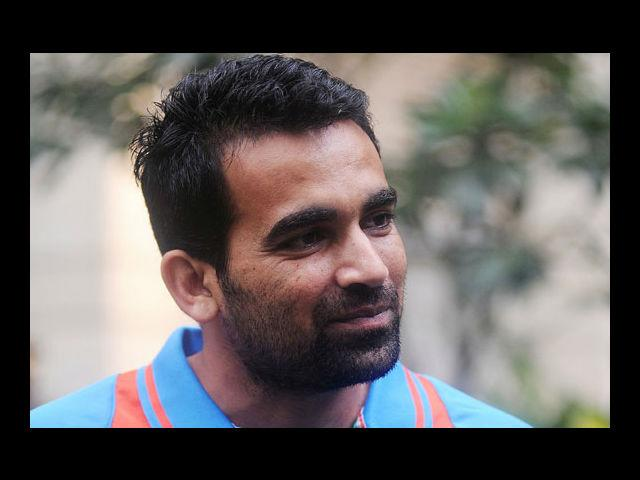 6) Zaheer Khan:  Wavy, curly, straightened and glazed, this Indian cricketer has worn it all! He comes on our list because he has a daring personality as he constantly tries to experiment with his looks. We saw him coming with a mop of plain, jaded hair, which he cropped it down to a rather military cut. He later straightened his tresses to a retro look, not before spiking and highlighting his hair to golden brown. And must say, we were bowled over!