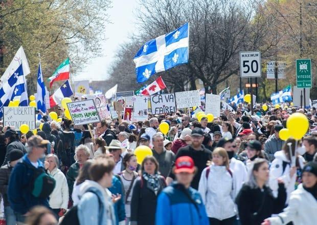 The protest comes as Quebec reported 1,101 new COVID-19 cases and seven related deaths on Saturday.