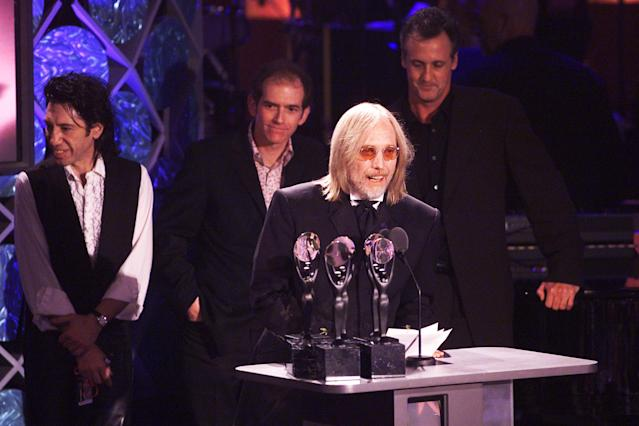 <p>Tom Petty and the Heartbreakers at the 17th Annual Rock & Roll Hall of Fame Induction Ceremony at the Waldorf Astoria in New York City, March 18, 2002. (Photo: Frank Micelotta/Getty Images) </p>