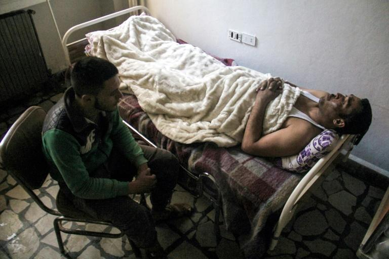 The UN Security Council is to vote on a resolution demanding that the Syrian government cooperate with an investigation of the suspected toxic gas attack in Khan Sheikhun