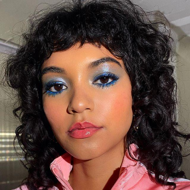 """<p>Color doesn't have to just stay on your lids. <strong>This spring 2021 makeup trend lets your lashes get in on the fun </strong>too. Swipe on a coat (or three) of <a href=""""https://go.redirectingat.com?id=74968X1596630&url=https%3A%2F%2Fwww.sephora.com%2Fproduct%2Fdiorshow-mascara-P396240%3FskuId%3D1689728&sref=https%3A%2F%2Fwww.cosmopolitan.com%2Fstyle-beauty%2Fbeauty%2Fg35217353%2Fbest-spring-2021-makeup-trends%2F"""" rel=""""nofollow noopener"""" target=""""_blank"""" data-ylk=""""slk:blue mascara"""" class=""""link rapid-noclick-resp"""">blue mascara</a> to add a bit of color.</p><p><a href=""""https://www.instagram.com/p/B8evAdEBPau/"""" rel=""""nofollow noopener"""" target=""""_blank"""" data-ylk=""""slk:See the original post on Instagram"""" class=""""link rapid-noclick-resp"""">See the original post on Instagram</a></p>"""