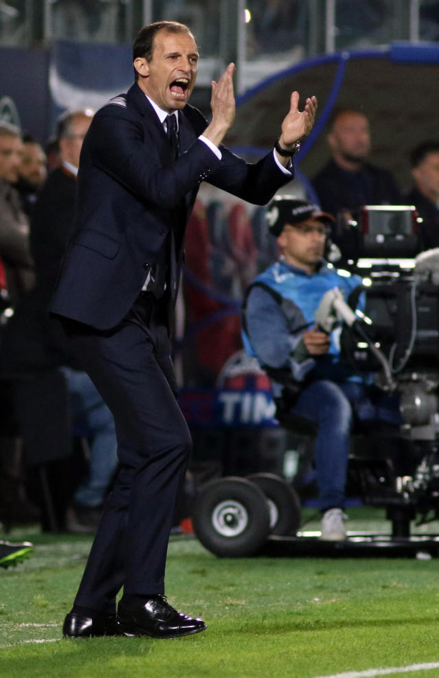 Juventus coach Massimiliano Allegri shouts during the Serie A soccer match between Crotone and Juventus, at the Ezio Scida stadium in Crotone, Italy, Wednesday, April 18, 2018. 18 (Albano Angilletta/ANSA via AP)