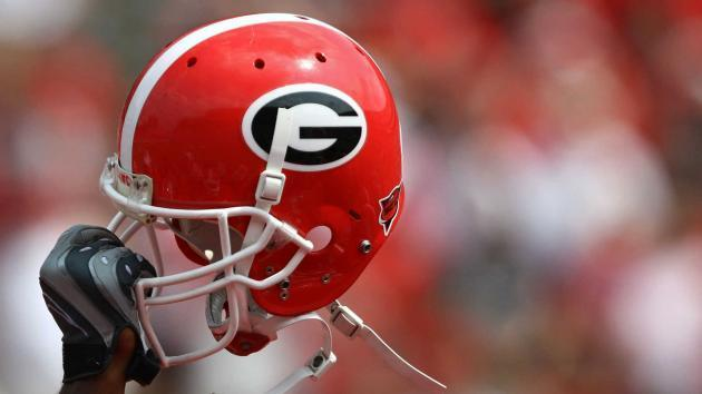 QB Justin Fields, No. 1 overall recruit for 2018, commits to Georgia