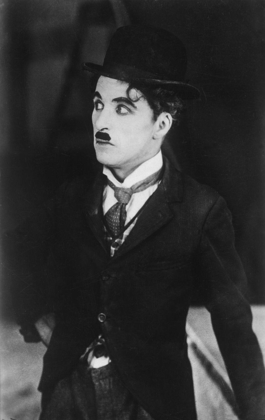 <p>Charlie Chaplin continued his winning streak, writing and starring in the silent film, <em>The Circus</em>. Charles kept up its streak, too, at as the No. 5 for boys (along with Robert, James, and John.) Mary, Betty, and newcomer Barbara were the top three names for girls.</p>