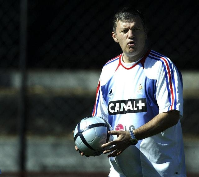 Santini had been France manager between 2002 and 2004