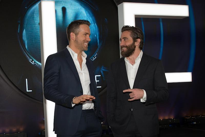 Actors Ryan Reynolds (L) and Jake Gyllenhaal attend the 'Life' premiere during 2017 SXSW Conference and Festivals, at the ZACH Theatre in Austin, Texas, on March 18, 2017 (AFP Photo/Suzanne Cordeiro)
