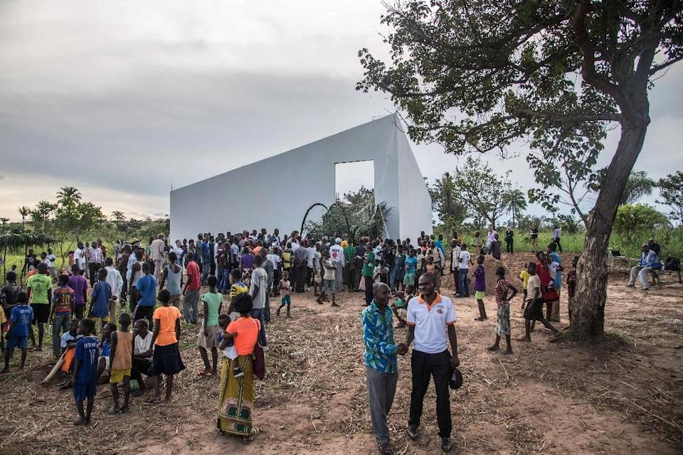 """The """"White Cube"""" gallery in DR Congo aims to promote local art and crafts in a former Unilever palm oil plantation town (AFP Photo/Junior D. KANNAH)"""