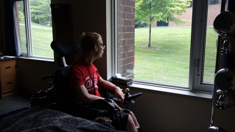 Donations help disabled teen realize dream of attending university