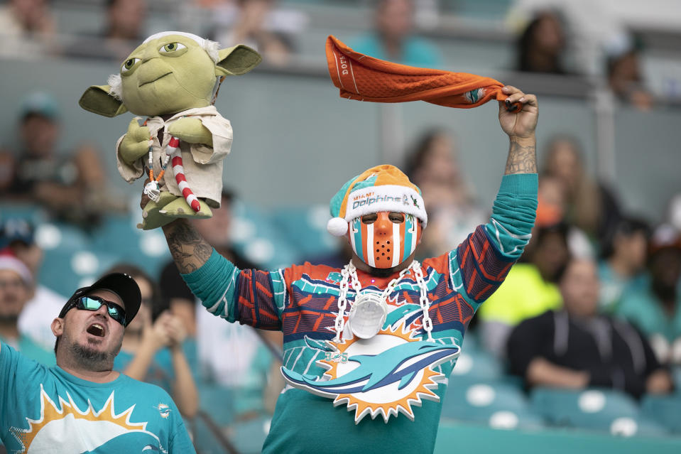 Miami Dolphins fans will be allowed in the stadium for the home opener. (Al Diaz/Miami Herald/Tribune News Service via Getty Images)