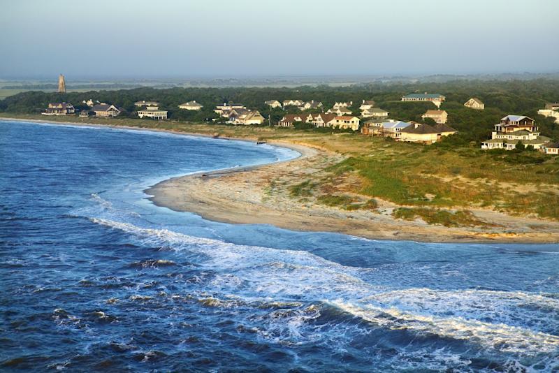 An 8-year-old boy was swimming off North Carolina's Bald Head Island on Sunday when he was bitten on his leg. (Photo: Thinkstock via Getty Images)